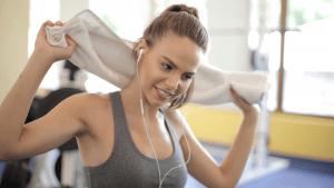 Read more about the article 9 dôvodov, prečo sú ľudia, ktorí športujú šťastnejší